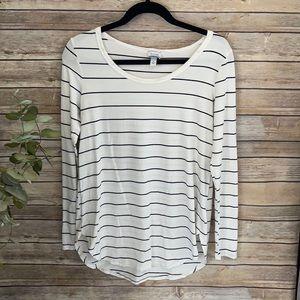 Evereve Billie Long Sleeve Striped Top White Black